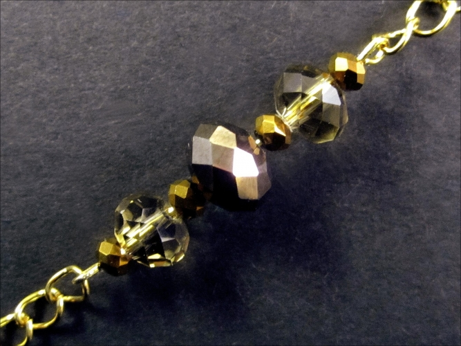 Gold Brillenkette mit Perlen aus geschliffenem Kristallglas