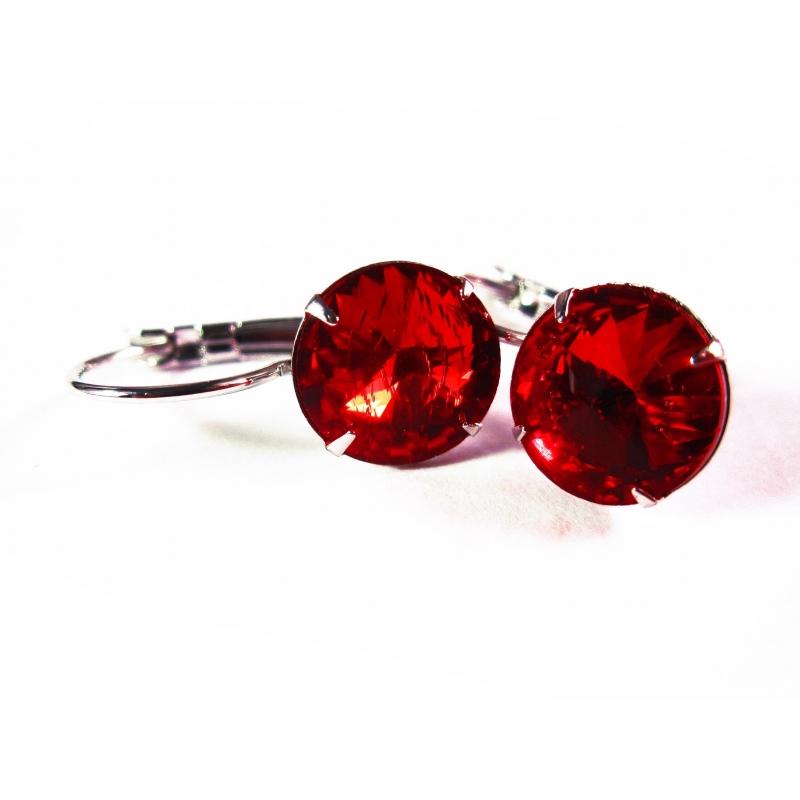 Siamrote Ohrringe aus funkelndem Kristallglas als Durchzieher