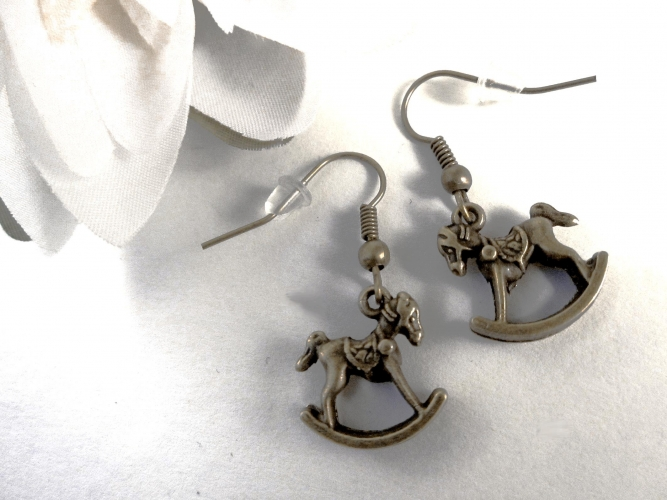 Bronzefarben Schaukelpferd Ohrhänger