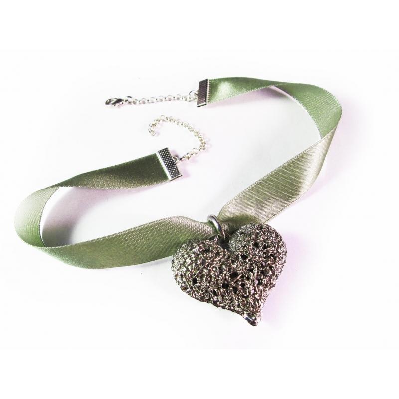 Grünes Halsband Kropfband mit großem filigranen silber Trachtenherz - Trachtenschmuck Dirndlschmuck