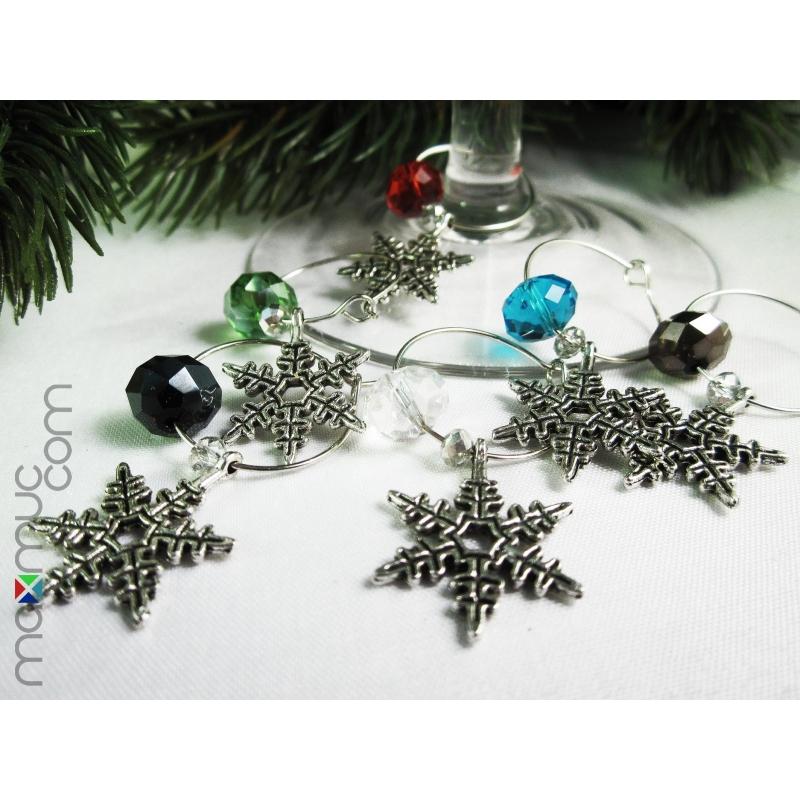 6 Bunte Weinglasringe mit Schneeflocke als Weihnachtsdeko - Tischdeko für Weihnachten