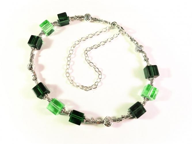 Grünes Fusskettchen 28cm mit Glas - Fußkettchen als Fußschmuck