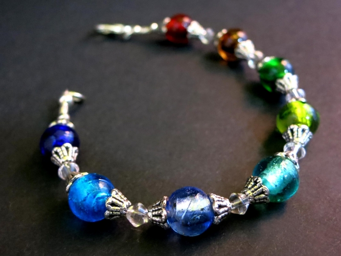 Armband mit bunten Glasperlen - Bunter Glasschmuck