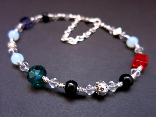 Weites Armband / Fußkettchen mit farbigen Glasperlen Opalglas und Tibetsilber - Bunter Glasschmuck