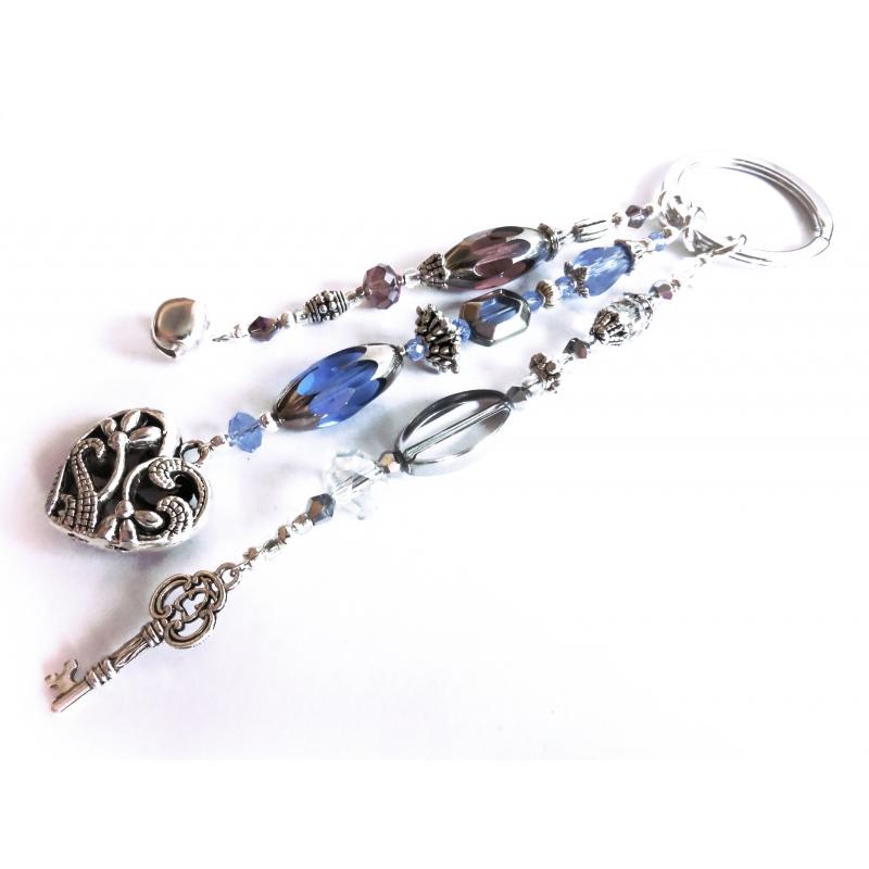 Schlüsselanhänger Sternenschweif in Amethyst, Blau und Silber mit Glöckchen, Herz und Schlüssel - Filigraner Schlüsselanhänger