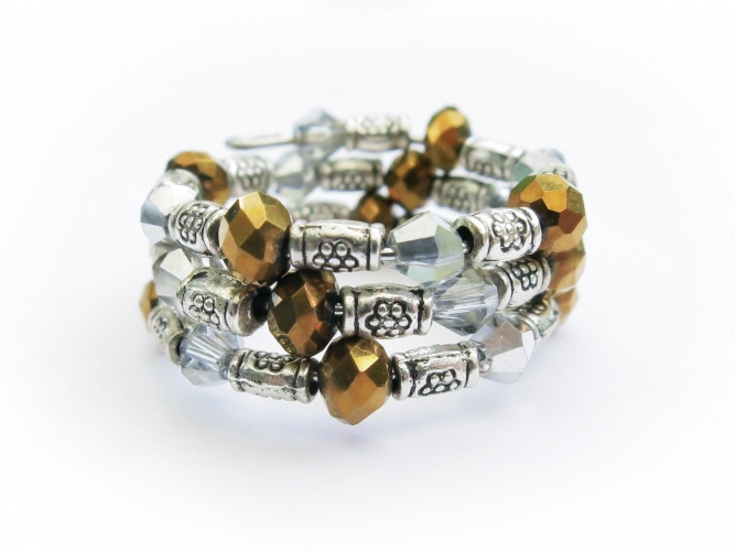 Spiralring in gold und silber mit Metallperlen und Kristallglas - Glasschmuck