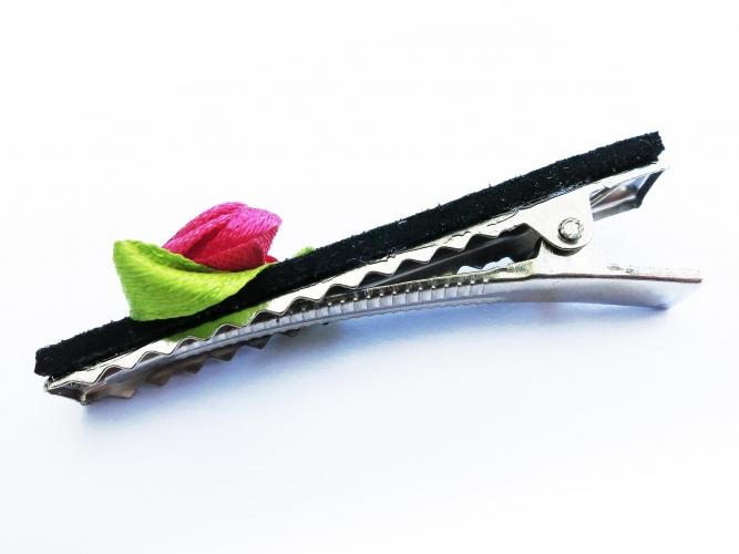 Kleine schwarze Haarklammer mit Rose und grünen Blättern - Haarspange Haarschmuck