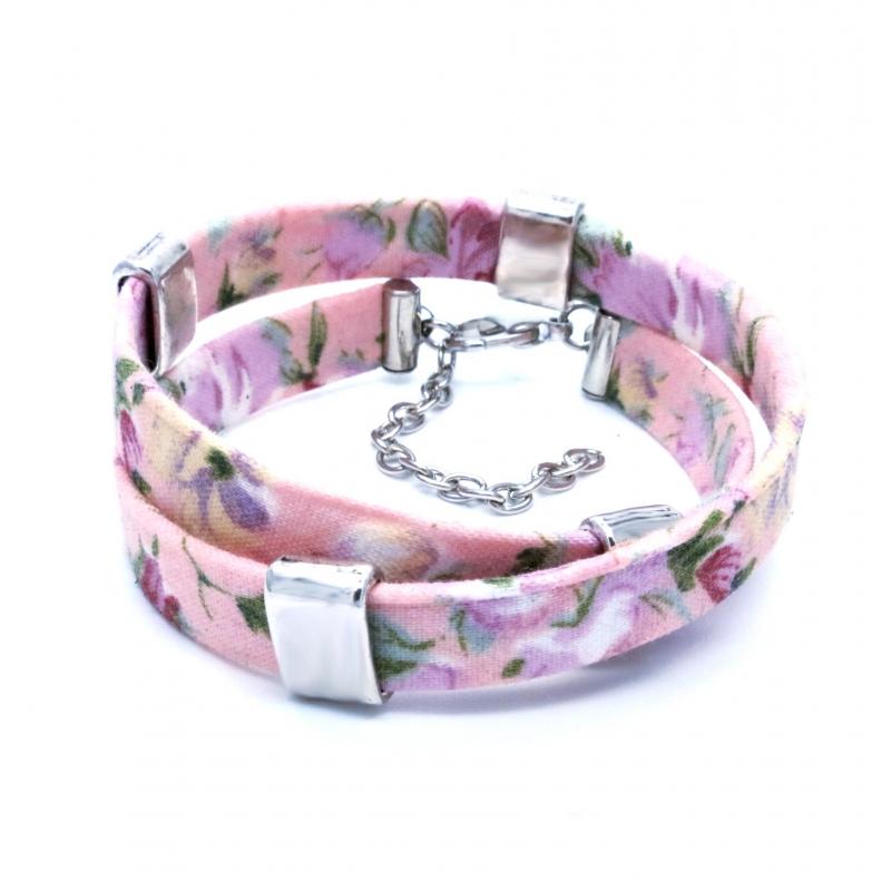 Geblümtes rosa Stoffarmband mit silber Schiebeperlen - Wickelkarmband aus Stoff
