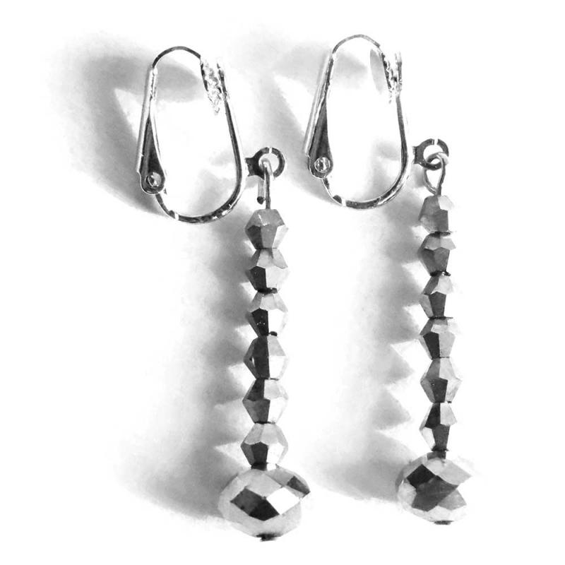 Silberfarbene Ohrhänger / Ohrclips aus geschliffenem Glas