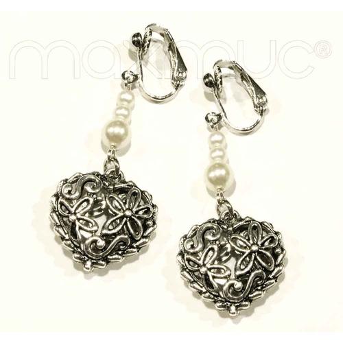 Silberfarbene Herz Ohrhänger mit weißen Perlen - Trachtenschmuck Dirndlschmuck