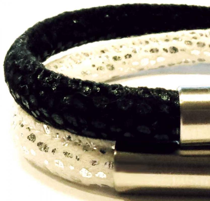 Schwarz weißes Kunstleder Armband mit Edelstahl Magnetverschluss - Veganes Lederarmband