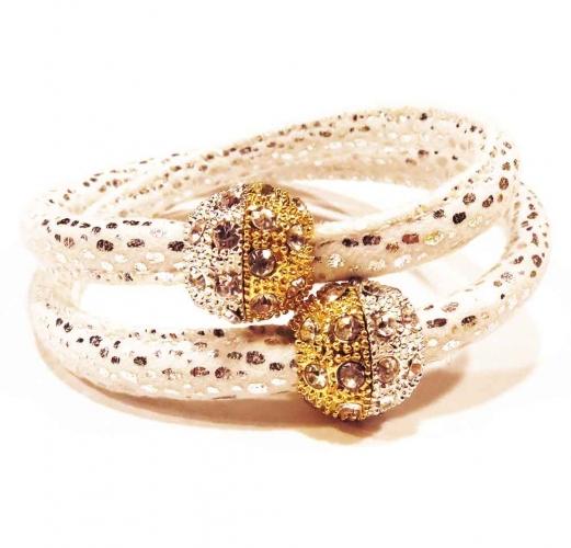Weißes Kombi Kunstleder Armband mit Strass Magnetverschluss in gold- und silberfarben - Veganes Lederarmband