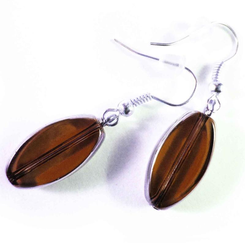 Kurze braune Ohrhänger aus Kristallglas mit Silberrahmen - Glasschmuck