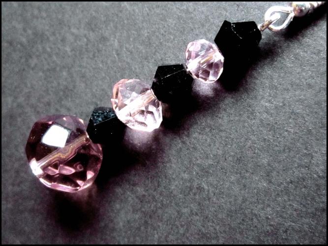 Schwarz rosa Ohrringe aus geschliffenem Kristallglas UNIKAT