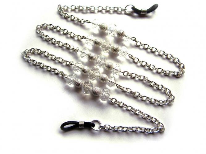 Silberfarbene Brillenkette mit Metall und transparenten Kristallglasperlen