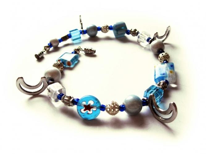 Blau türkis Fusskettchen mit Millefioriperlen und silberf. Monden - bunter Glasschmuck