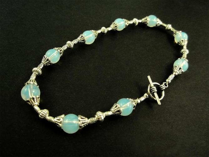 Weiß silber türkis Fußkettchen mit Opalglas Perlen und Tibetsilber - Trachtenschmuck Dirndlschmuck