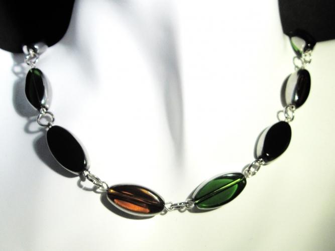 Schwarz braun grüne Halskette aus Kristallglas als Gliederkette - Glasschmuck