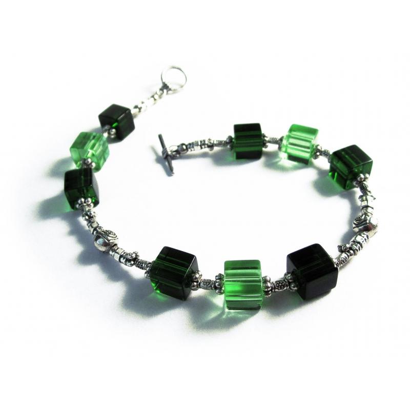 Grünes Fusskettchen mit Kristallglas und Tibetsilber